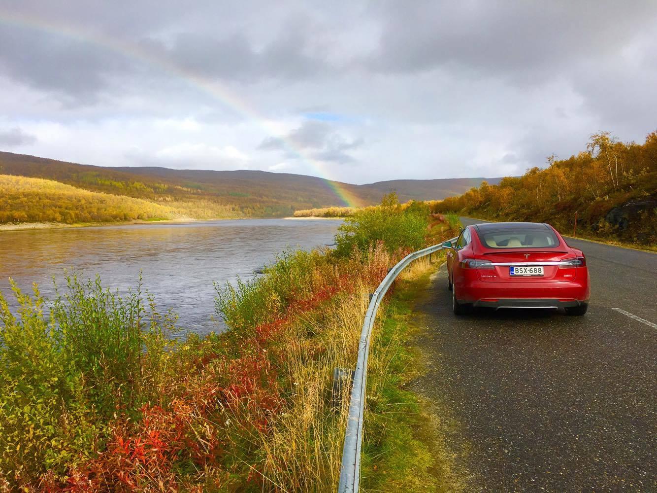 Sähköautolla Espoosta lappiin ja samantien monin verroin pidemmästikin!