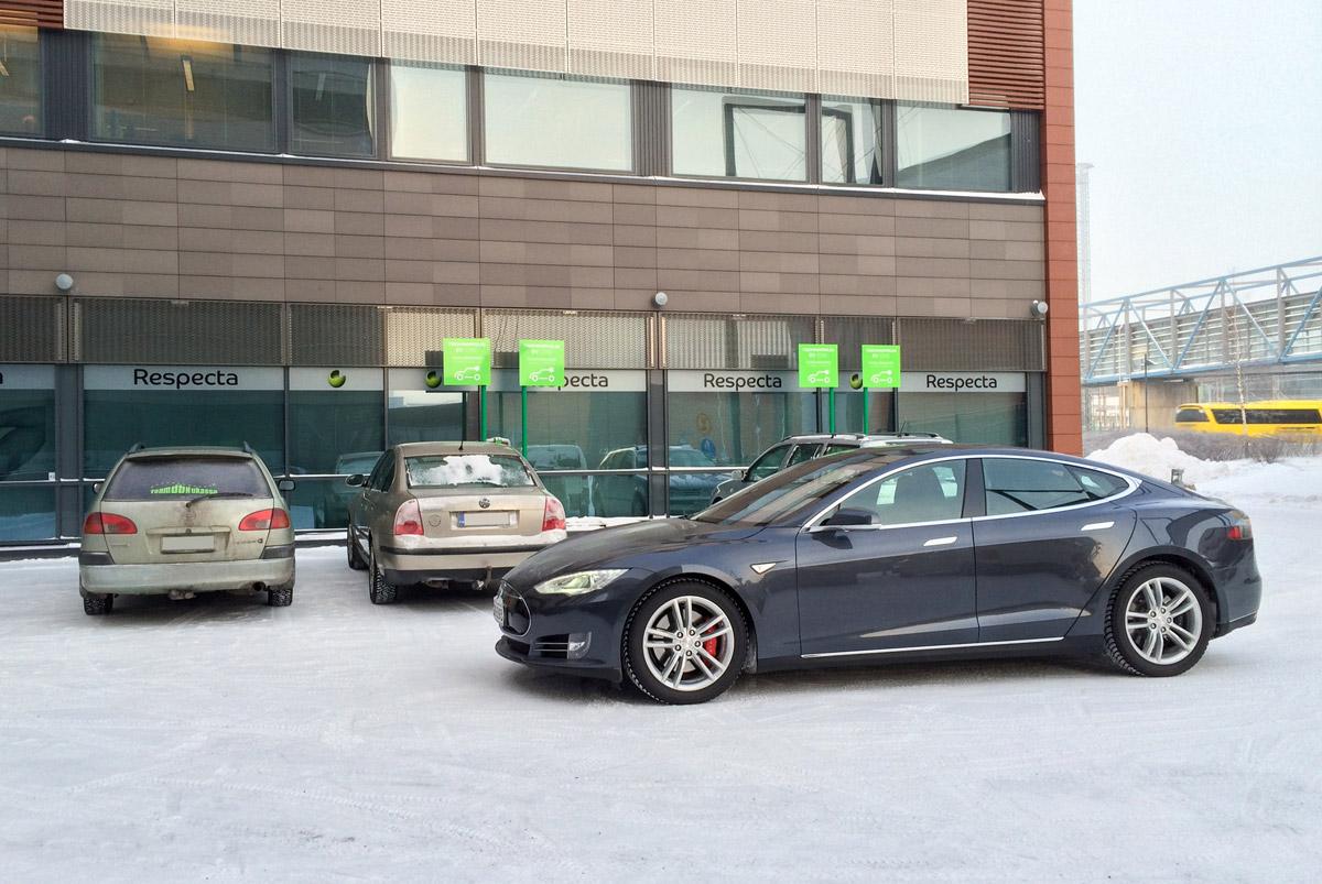 Tesla käyttövero