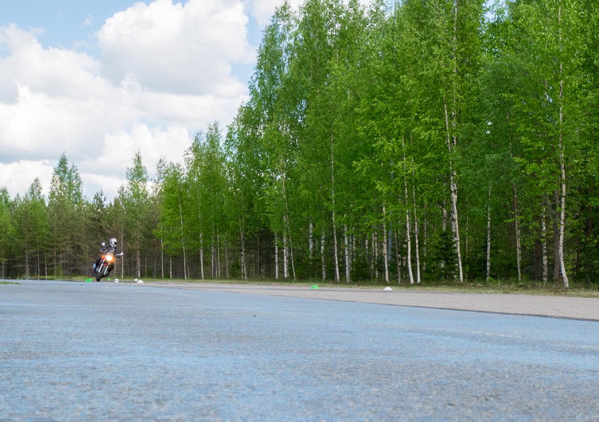 Motoristi Survival Tour - mahtava moottoripyöräkoulutus! (osa 2.)