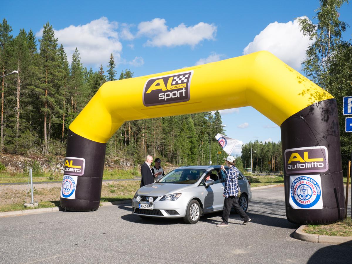 Kaasuautolla taloudellisuusajokilpailussa - Suurajot EcoRun 12.8.2018