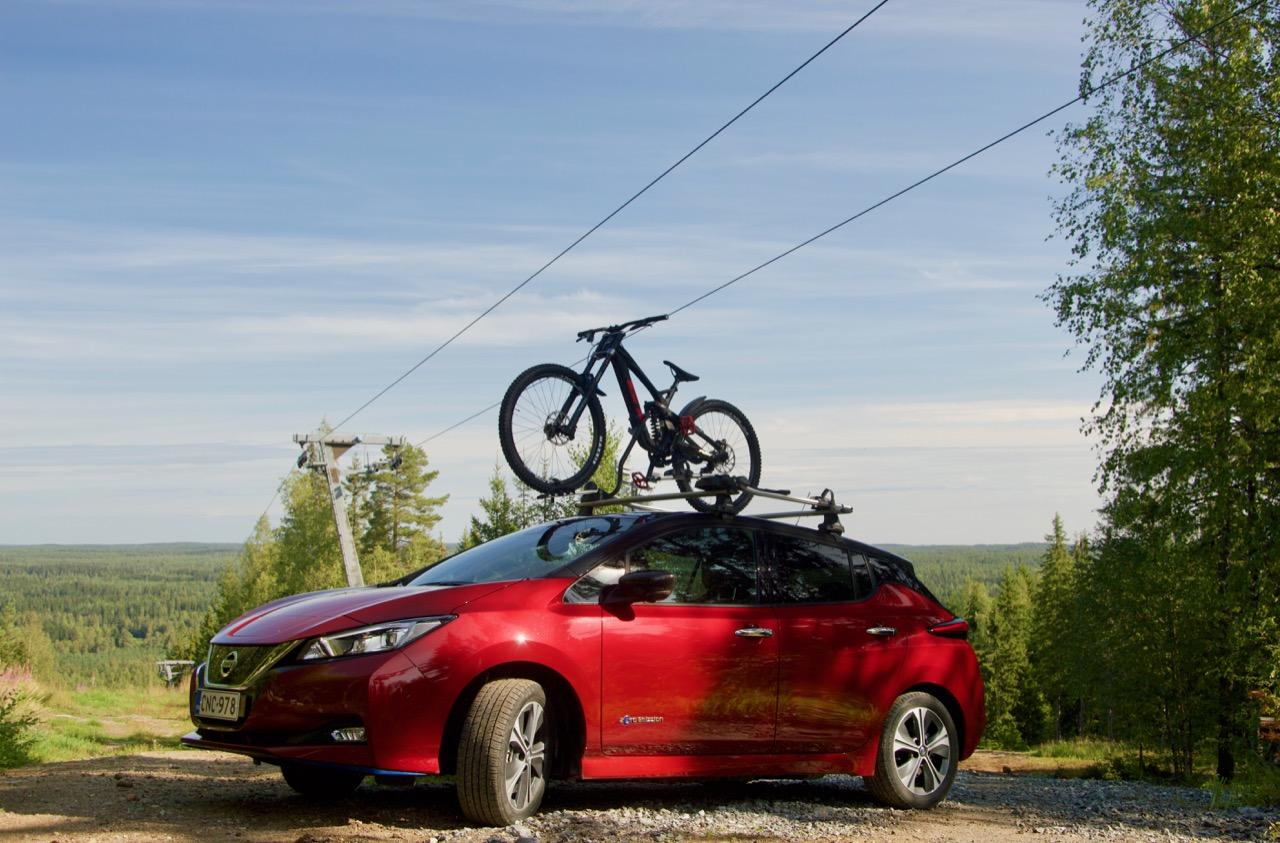 Sähköauto Nissan Leaf 62kWh:lla Rukalle laskemaan -suunnittelua