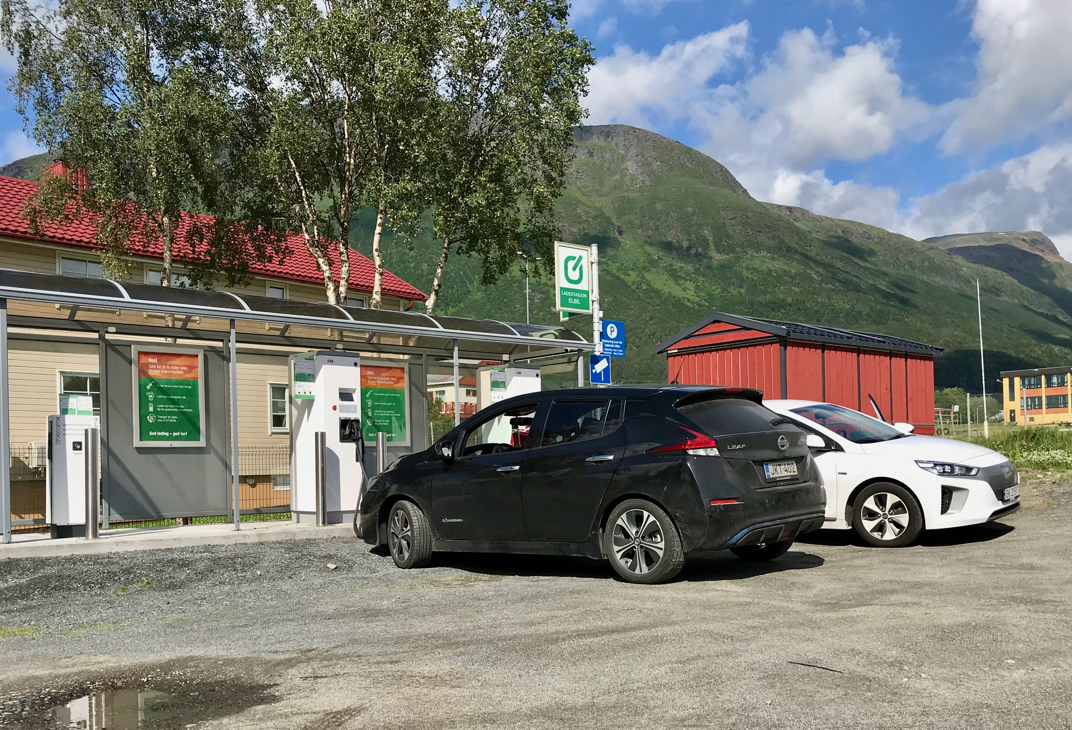 Nissan Leaf matka-ajon 24/7 ajotesti 1423 km Lofooteilta Jyväskylään