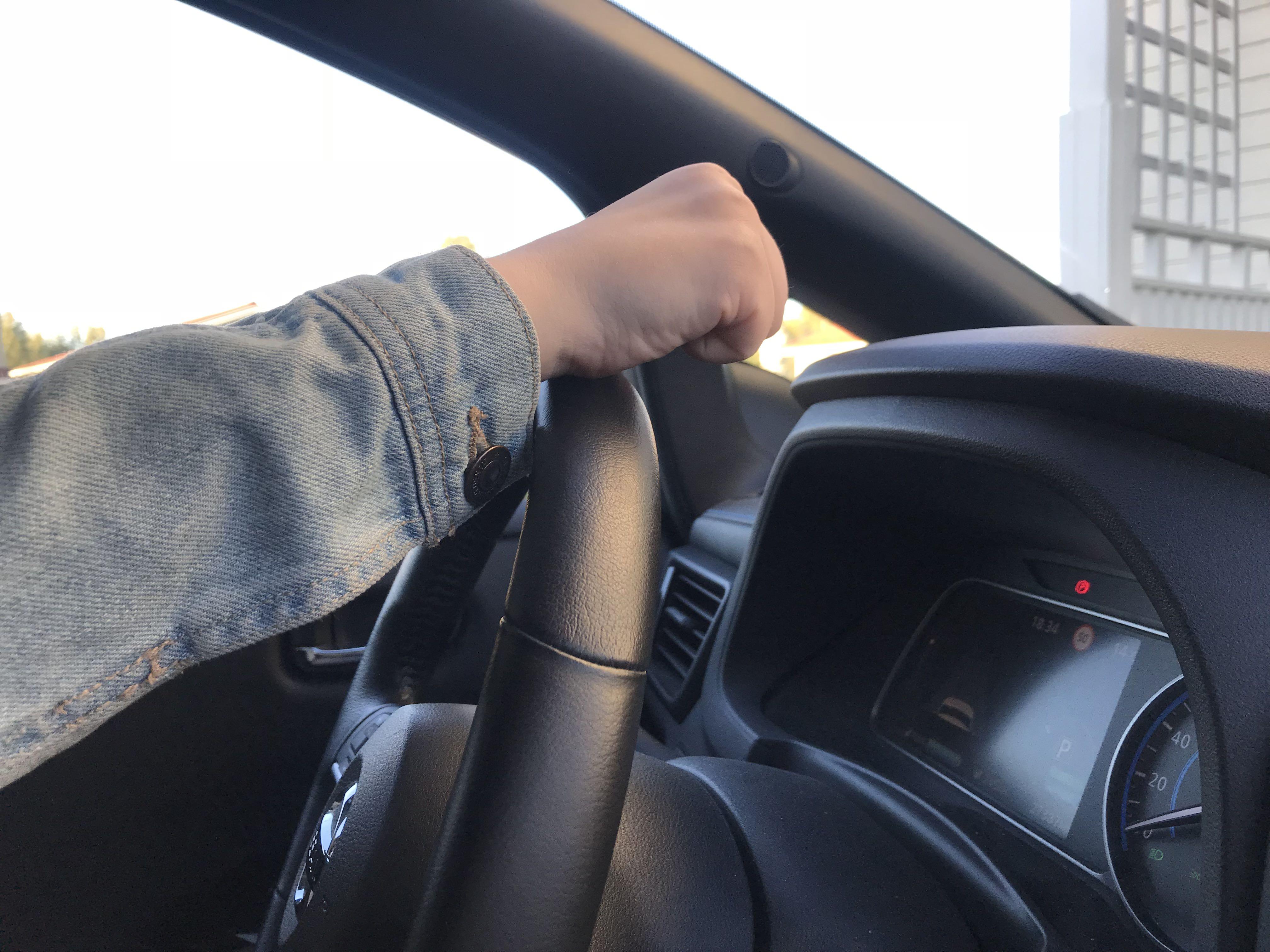 Ajo-opetusta sähköautolla: oppitunti 1