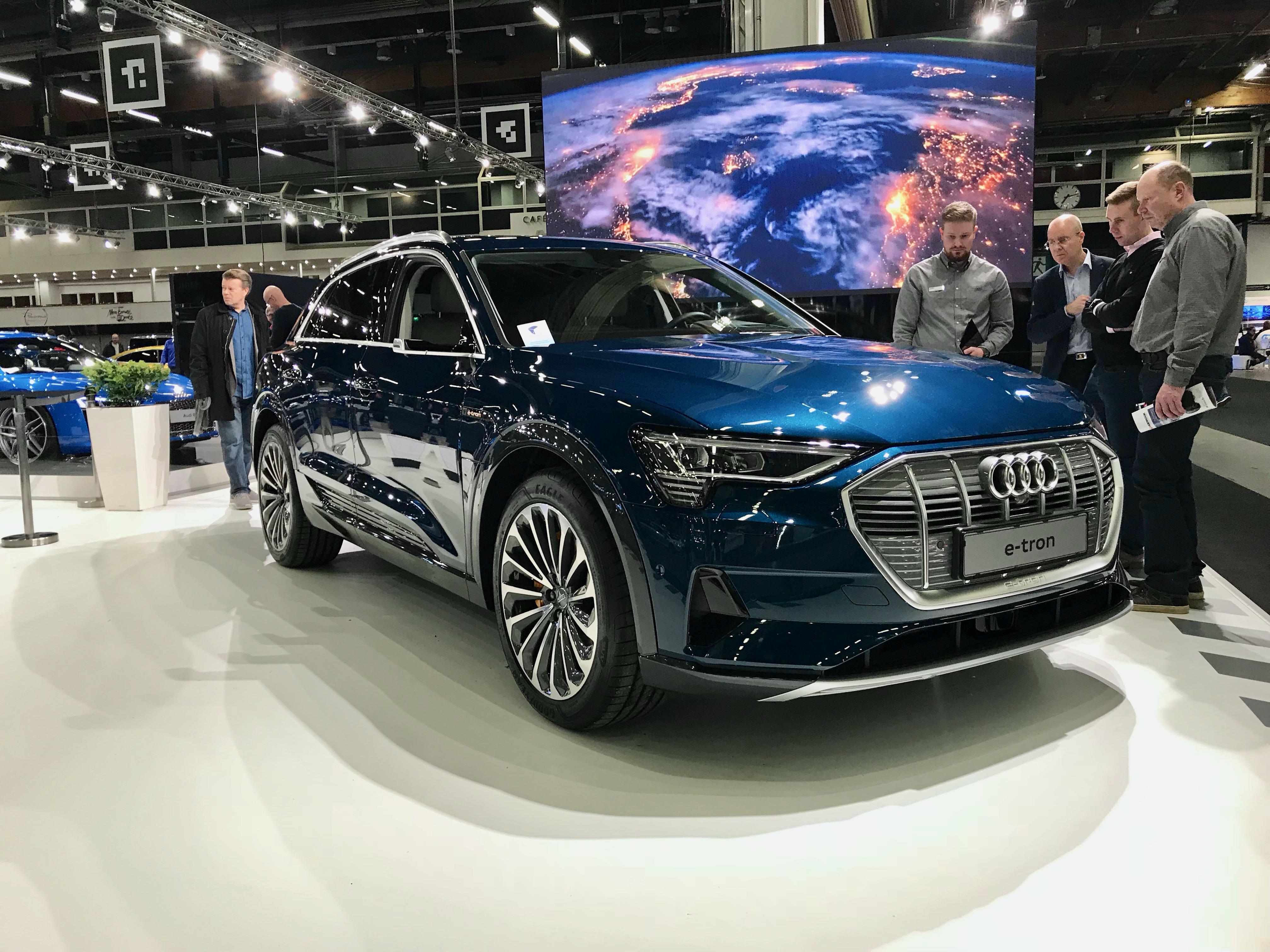 Auto 2018 -Audi e-tron sekä Elaine -sähköautot