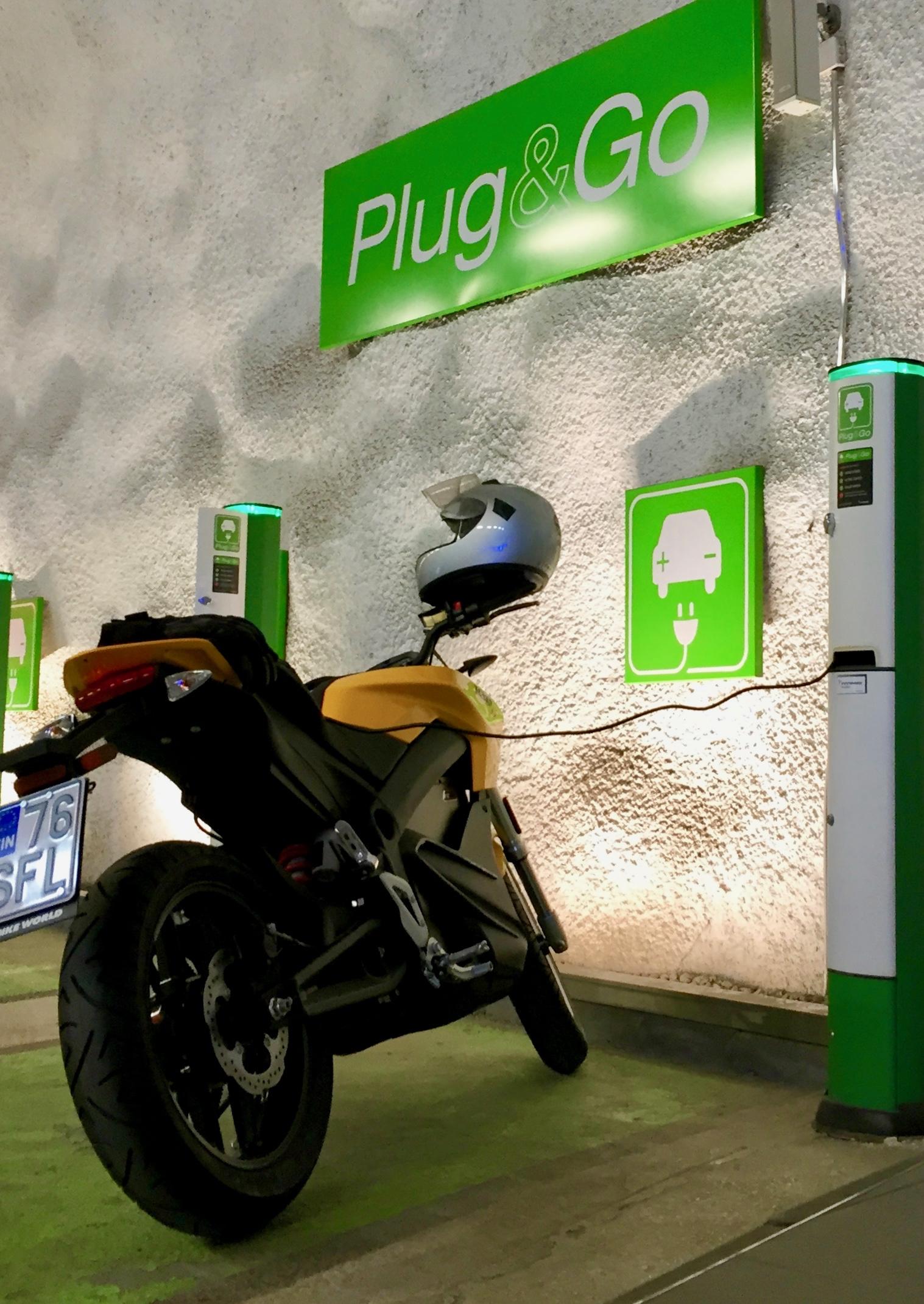 Zero S 9,8 kWh -sähkömoottoripyörän koeajoraportti