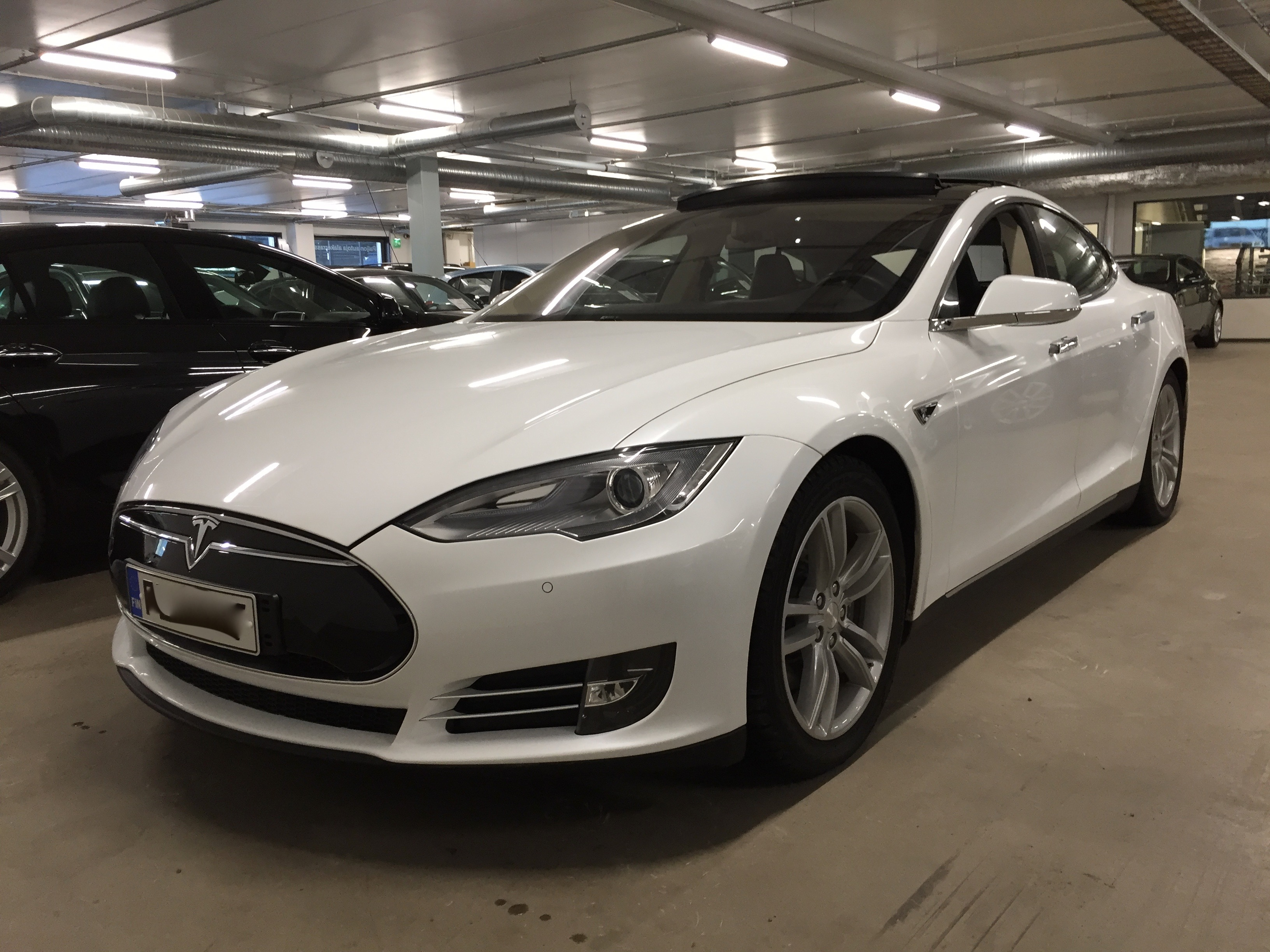 Teslan huoltokustannukset