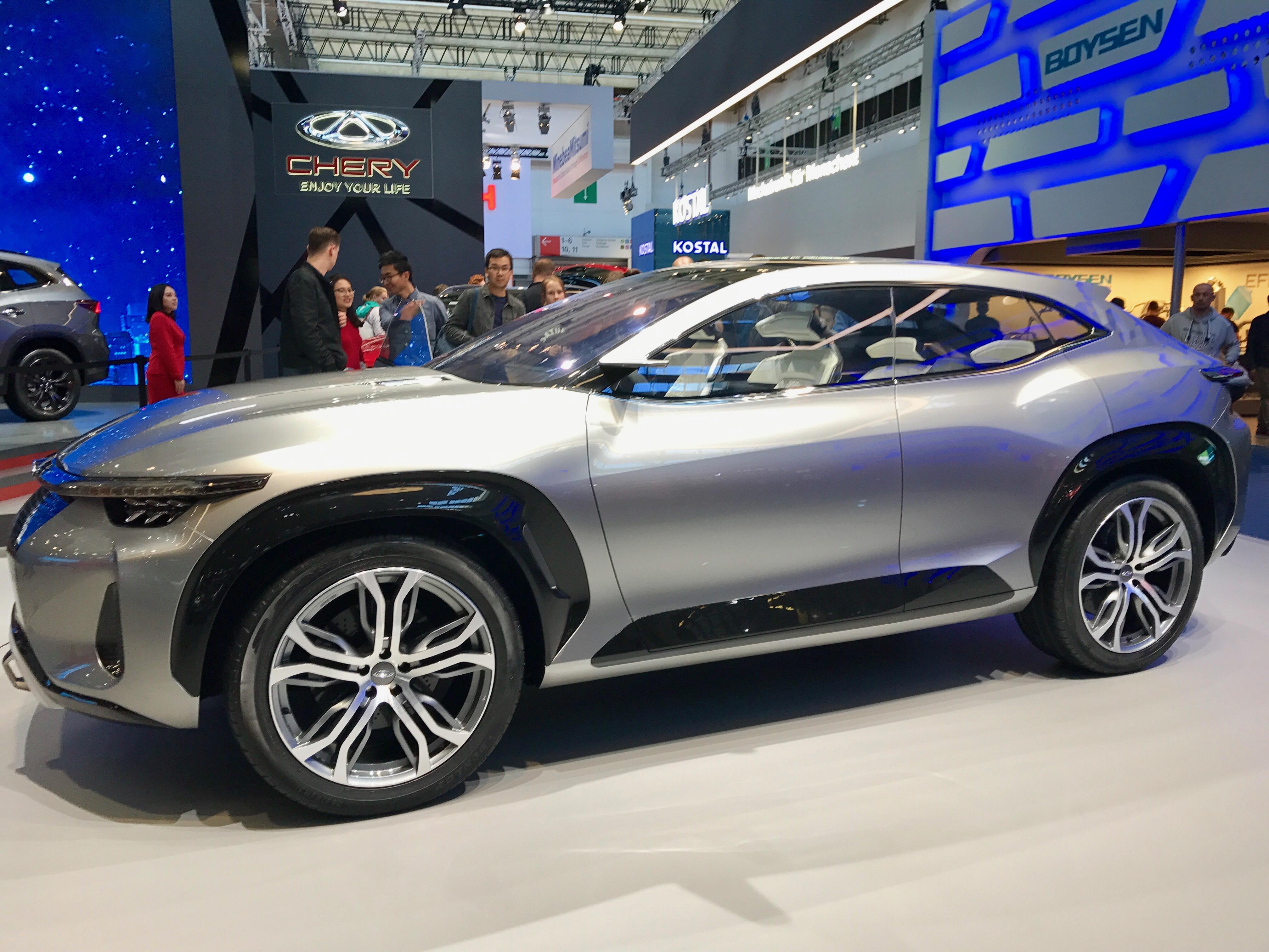 Kiinalaiset automerkit esittelivät Frankfurtin IAA2017 messuilla Eurooppaan pian tulossa olevia sähköautoja