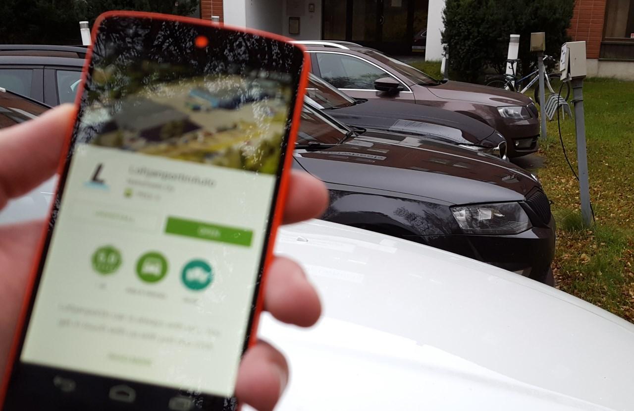 Kuusi kohtaa, joissa pidät autoasiakkaasta huolta mobiilissa